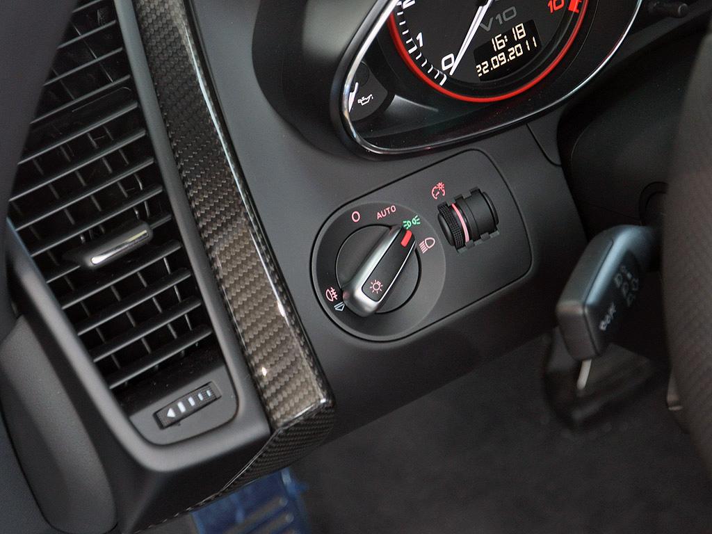 大灯控制旋钮高清图片 奥迪R8壁纸图片–高清图片