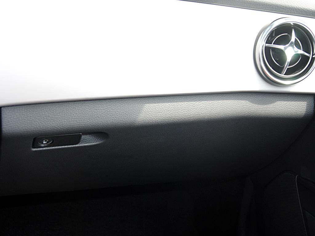 前排右侧空调出风口高清图片 奔驰glk级 进口 壁纸图片高清图片