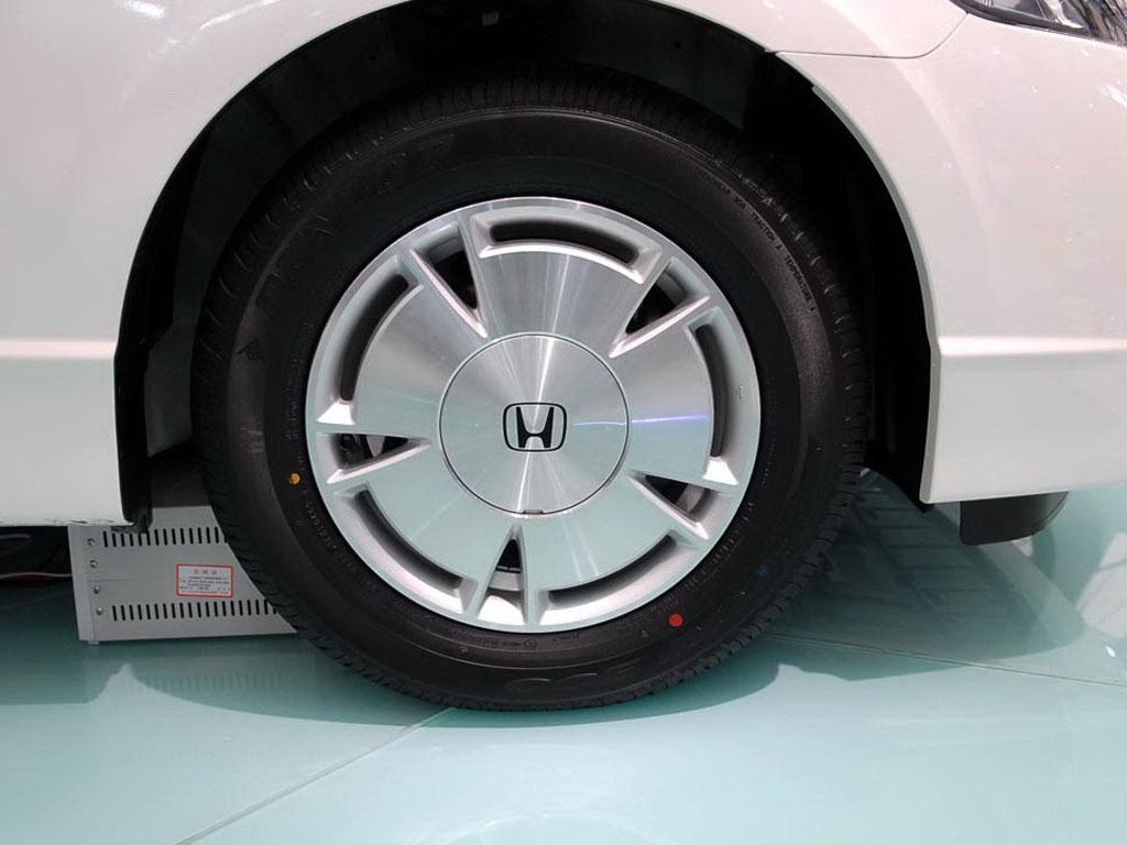 本田轮胎矢量图