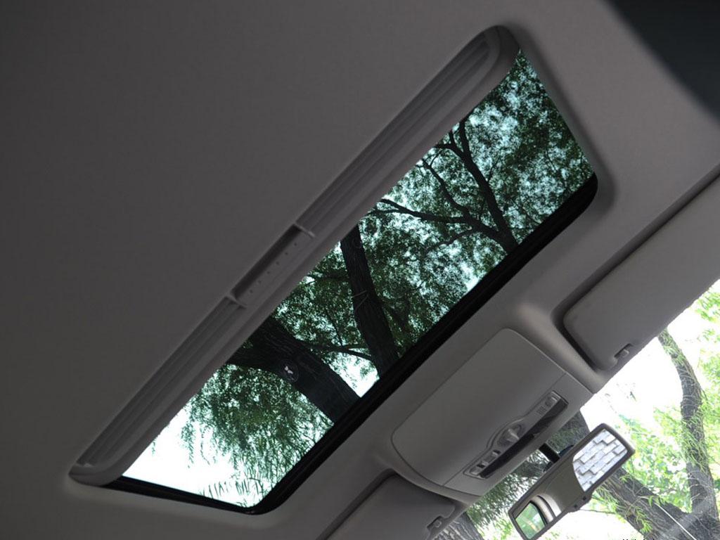 海外途安车内天窗高清大图下载,可用于广告,印刷素材