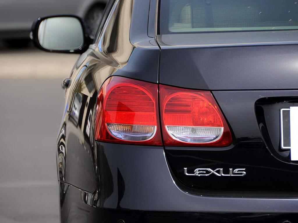 雷克萨斯GS左车尾灯高清图片 雷克萨斯GS壁纸图片