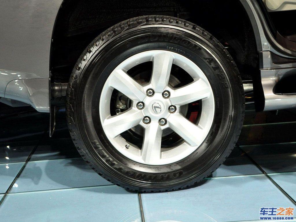 雷克萨斯GX右后车轮轮毂高清图片 雷克萨斯GX壁纸图片高清图片