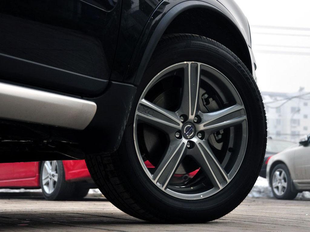 沃尔沃XC90轮胎高清图片 沃尔沃XC90壁纸图片–高清图片