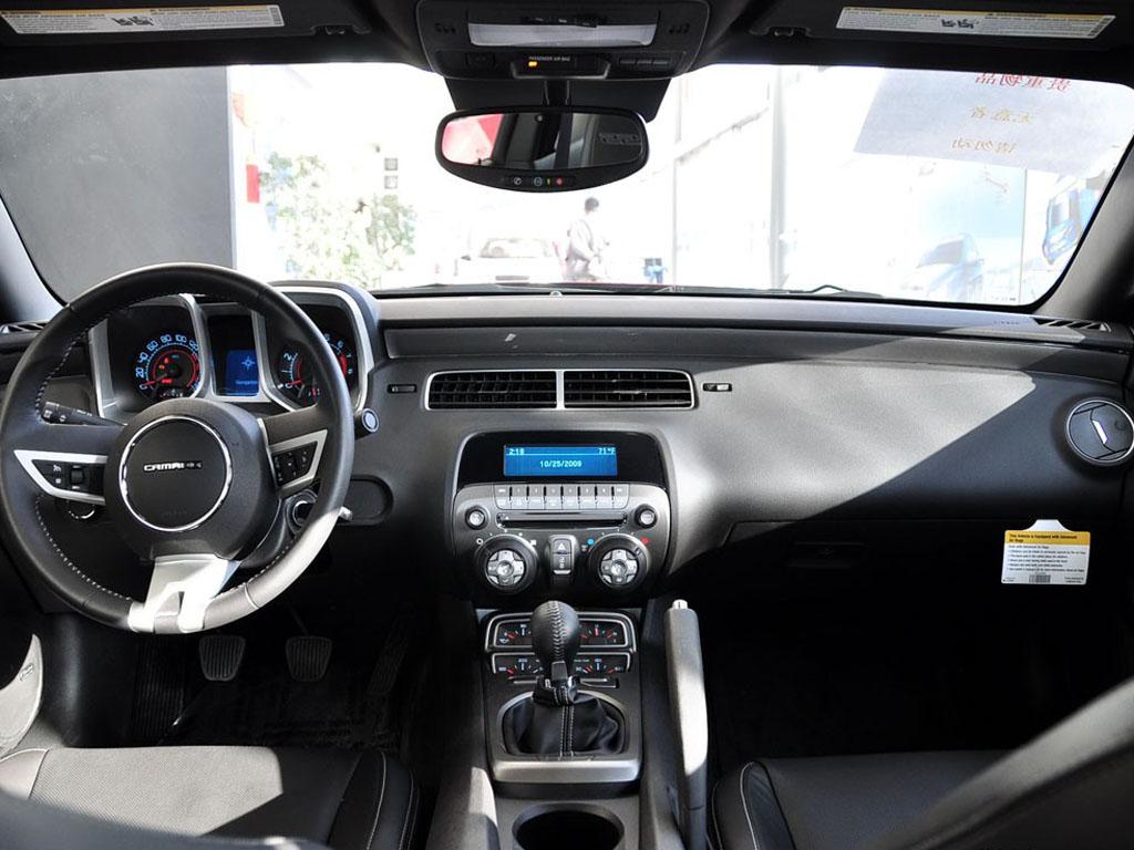 2010款雪佛兰camaro 雪佛兰camaro科迈罗上市 高清图片