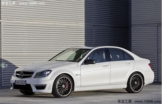 奔驰 万元/C63 AMG 指导价:99.8/138.8万元