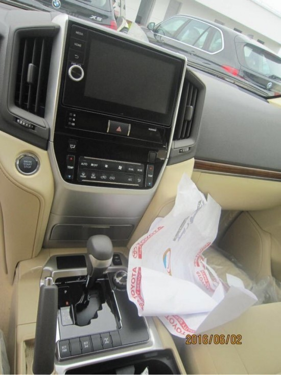 汽车门锁控制电路图